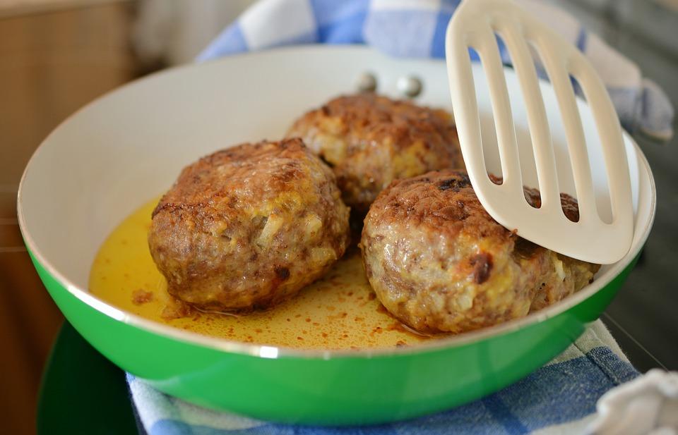 Boulettes de bœuf, tomate & boulghour